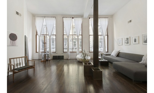 Rarely available oversized 2 bedroom condo loft at tribeca for Tribeca townhouse for sale